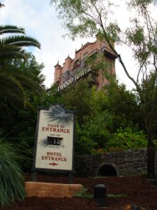 Sign Posting Wait Time for Tower of Terror